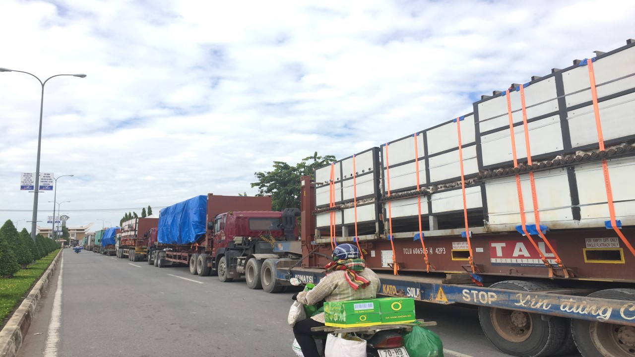 60M HIGH ROLLER KILN TRANSIT TO CAMBODIA