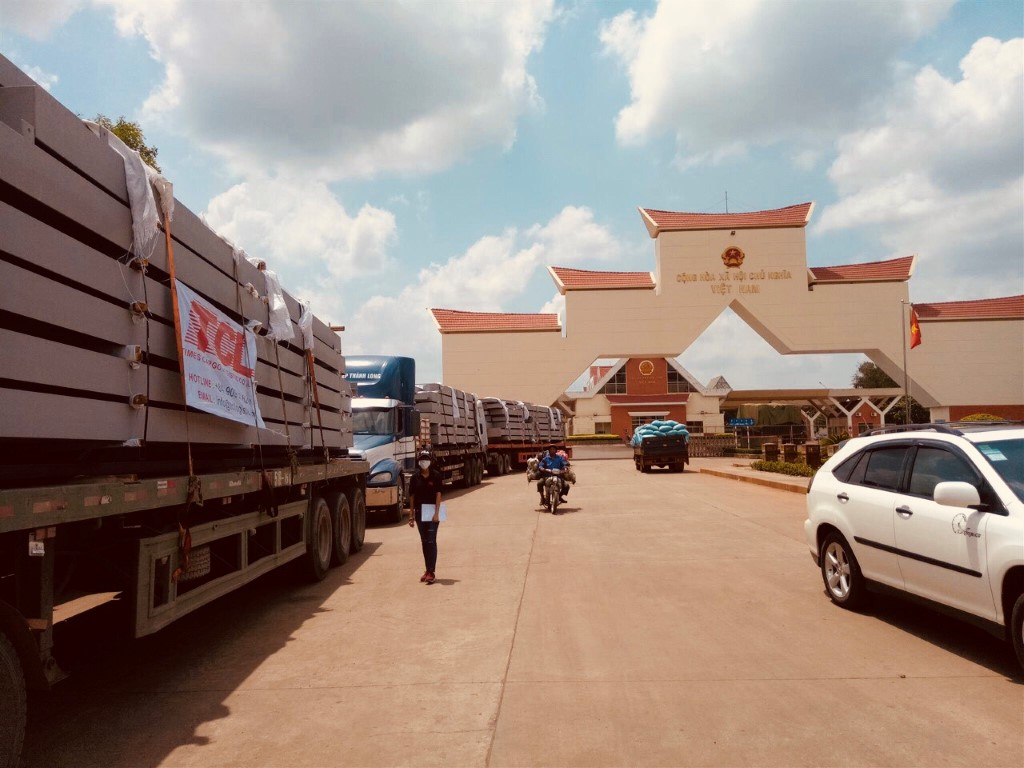 Deliver 800 tons Pre-Engineering Steel to Cambodia from 25th July to 05th September 2018