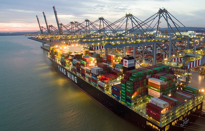 DP World to Handle The Alliance's UK Calls